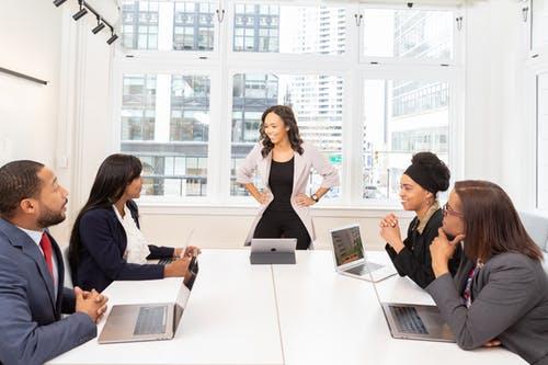 Werknemer mag worden overgeplaatst om werksfeer te verbeteren